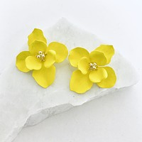 Dahlia Flower Earrings in Yellow