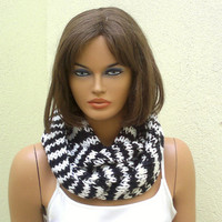 Circle scarf, mens scarf, knitted infinity scarf, black white scarf, crochet cowl, neck warmer, gift for her, gift for him, valentines gift