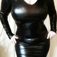 Plus Size Sexy Black Fetish Shiny Wet Look Bodycon Deep V Knee High Dress with Long Sleeve Mistress Pole Dance Costome