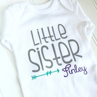 Little Sister Bodysuit - Personalized Little Sister Bodysuit - Baby Girl Bodysuit - Newborn Gift - Baby Shower Gift - Baby Girl Clothing
