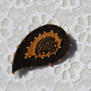 Brooch paisley leather, Gifts for mom, Paisley pattern, Indian pattern brooch, boteh, Paisley handmade brooch