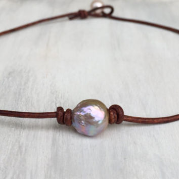 Leather Pearl choker, necklace, fireball pearl, leather and pearls, gift idea, pearl necklace, single pearl choker, pearl choker, gift