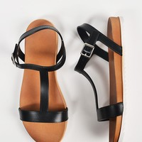 T-Strap Jelly Sandals - 7