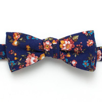 Vintage English Rose Classic Bow Tie