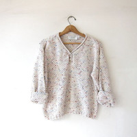 vintage speckled cream sweater. loose knit henley sweater. cropped preppy sweater. basic sweater.