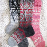 Socks woolen   to the Valentine's Day holiday gift on a very beautiful unisex