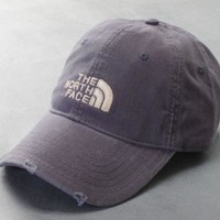 Vintage The North Face Casual Classics Embroidery Hat