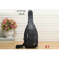 COACH 2018 new ladies chest bag small shoulder bag shoulder Messenger bag F-KR-PJ Black