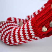 Winter Valentine's Day crochet button wrist warmers, arm warmers, fingerless gloves mittens in red and white
