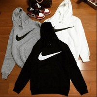 NIKE White cotton round neck long-sleeved sweater autumn skateboard street men and women lovers section-1