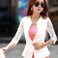 Lace Embroidered Half Sleeve Buttoned Blazer