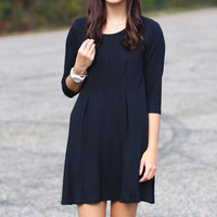 Going Out Relaxed Fit Dress {Black}