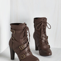 Trendsetting the Stage Boot in Chocolate | Mod Retro Vintage Boots | ModCloth.com