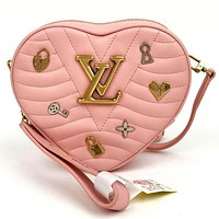 LV 2019 new female badge heart-shaped mini love chain bag shoulder bag Pink