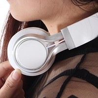 Earphone Headphone Folding Earphone EP16 Wire Control with Wheat Earphone