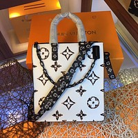 LV Louis Vuitton MONOGRAM CANVAS ONTHEGO HANDBAG INCLINED SHOULDER BAG