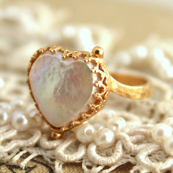 Pearl Heart Ring  - 14 k goldfield real freshwater pearl.