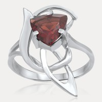 925 Silver Ring with Garnet