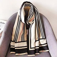 Burberry Autumn And Winter Fashion New Plaid Stripe Keep Warm Women Scarf