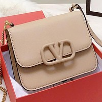 Valentino New fashion leather shoulder bag crossbody bag Apricot
