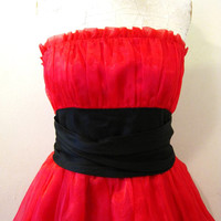 vintage cherry red Betsey Johnson dress / 50s look poofy party dress / prom cocktail Valentines Day