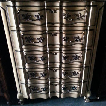 Vintage French Provincial Highboy / Chest of Drawers