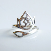 Sterling Siver Om Lotus Flower Openwork Ring Base -- 1 piece -- Ohm filigree ring setting