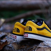 "The North Face X Vans Old Skool MTE DX ""Yellow"""