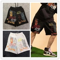 19SS Travis Scott AstroWorld Tour Graffiti Shorts MJ Fleece Short Summer Men Women Casual High Quality AstroWorld Tour Shorts