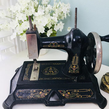 Antique Muller Toy Sewing Machine, Rare Cast Iron, Model 19, Made in Germany, Childs Miniature