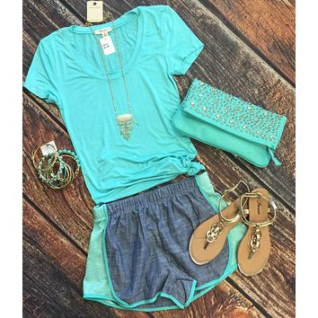 Basic Scoop Tee - Mint