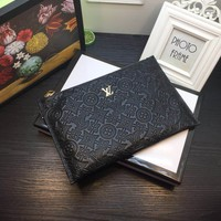 LV Louis Vuitton MEN'S LEATHER ZIPPER HAND BAG