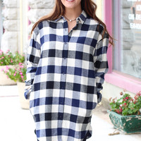 Checkin' Yes or No Plaid Flannel Tunic {Navy+Black}
