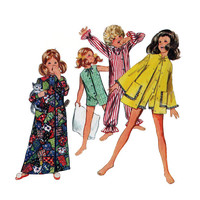 "1960s Butterick 5499 Girl's Robe, Pajamas Size 8 || Bust 27""/69cm 