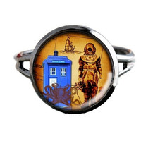 Dr Who Inspired Tardis Ring - Deep Sea Diver - Public Police Box Jewelry - Geeky Whovian