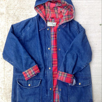 Vintage LL Bean Denim Jacket Hoodie Size M Red Plaid Lining Fall Coat 90s style Unisex
