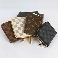 Louis Vuitton LV Hot Sale Men's and Women's Short Zipper Wallet Card Case Check Bag