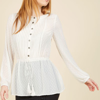 Adored Aesthetic Button-Up Top in Eggshell | Mod Retro Vintage Short Sleeve Shirts | ModCloth.com