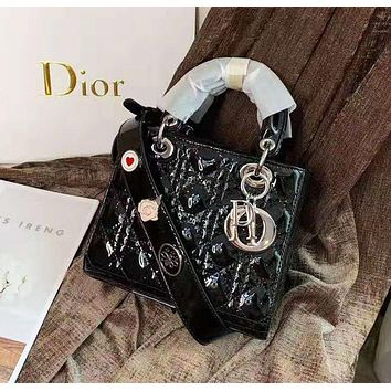 Dior Fashion new versatile patent leather badge wearing a shoulder bag handbag shoulder bag 5#