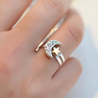 Retro Silver moon ring with a gold star by fantasticgift on Etsy