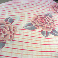 Vintage Summer Tablecloth Pink Cabbage Rose Print 60x84