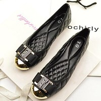 Dior Summer New Popular Women Casual Metal Buckle Flats Boat Shoes Single Shoes Black I12183-1