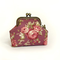 Coin purse - Pink roses - Dark pink, olive, dusty rose cotton fabric with metal frame