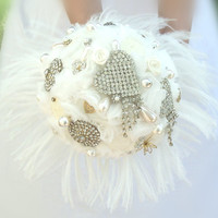 Wedding Bouquet / Bridal Bouquet with crystal brooches, satin white roses & ostrich feathers / Brooch Bouquet / Retro Bouquet / Unique