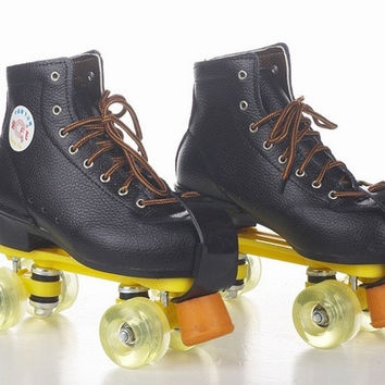 MEN WOMEN ADULT leather Skates Padded Roller Boots Skate Shoes 35-45 = 1697284548