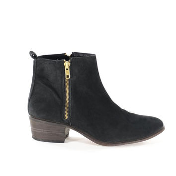 Black Leather Gold Zipper Ankle Boots Flat Booties Womens Size 8