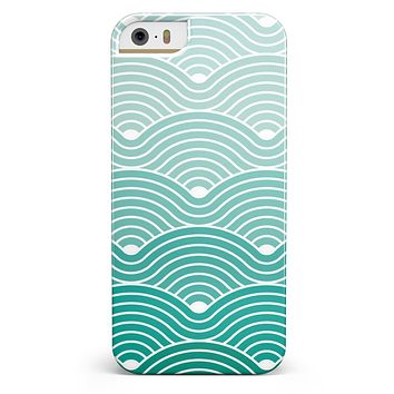Beach Hotel Wallpaper Waves iPhone 5/5s or SE INK-Fuzed Case