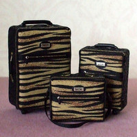 Dollhouse Miniature 3 pc Roller Luggage Set - 1/12th Scale