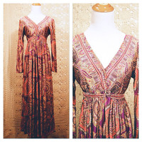 Late 1960s Paisley Print Bohemian Goddess Maxi Dress / 1960s Empire Waist Psychedelic Paisley Gown
