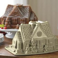 Gingerbread House Bundt- Cake Pan | Williams-Sonoma